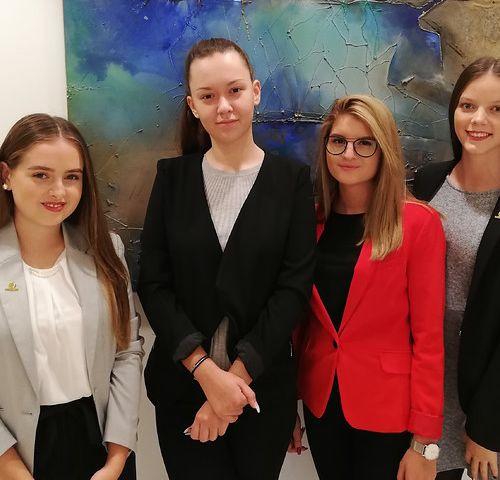 Nachwuchs-Frauenpower bei der Partner Bank